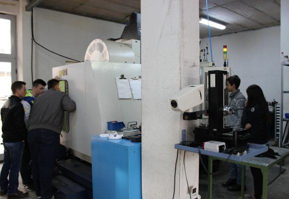 Trainimi i mësuesve CNC dhe blerja e makinave CNC për shkolla