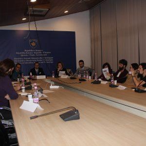 Asociacioni për Mbështetjen e Arsimit të Republikës së Kosovës ka zhvilluar një mbledhje me Komitetin Kombëtar për organizimin e Garës Kombëtare të Kitarës në fushën e Arsimit