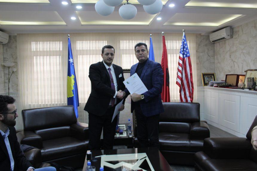 Komuna e Mitrovicës nënshkruan marrëveshje bashkëpunimi me Asociacionin për Mbështetje të Arsimit dhe Aftësimit Profesional të Republikës së Kosovës
