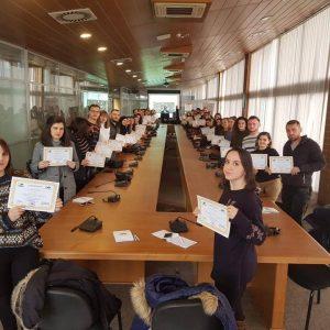 """Asociacioni për Mbështetjen e Arsimit dhe Aftësimit Profesional të Republikës së Kosovës, në bashkëpunim me OJQ Yellow, ka mbajtur sot Trajnimin për Studentet """"Aftësimi për Tregun e Punës"""""""