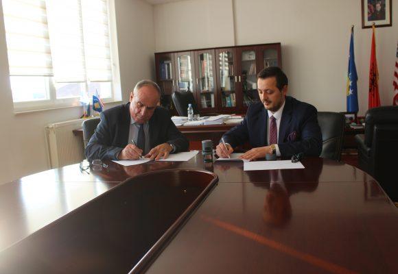 Komuna e Istogut nënshkruan marrëveshje bashkëpunimi me Asociacionin për Mbështetje të Arsimit dhe Aftësimit Profesional të Republikës së Kosovës